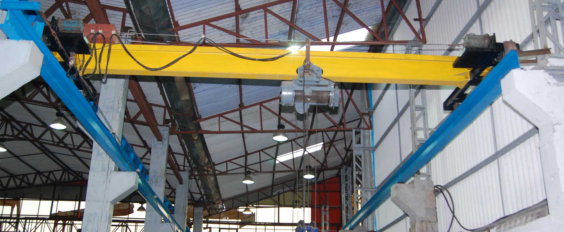 EOT & HOT Crane Goods Lift